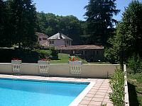 Le sommet Carcassonne languedoc rental house property holiday visit mill house gîte family couple large groups pool terrace BBQ