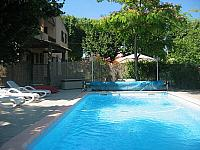 Gite. Ginestas. Languedoc. Property. Holiday Home. Swimming pool.